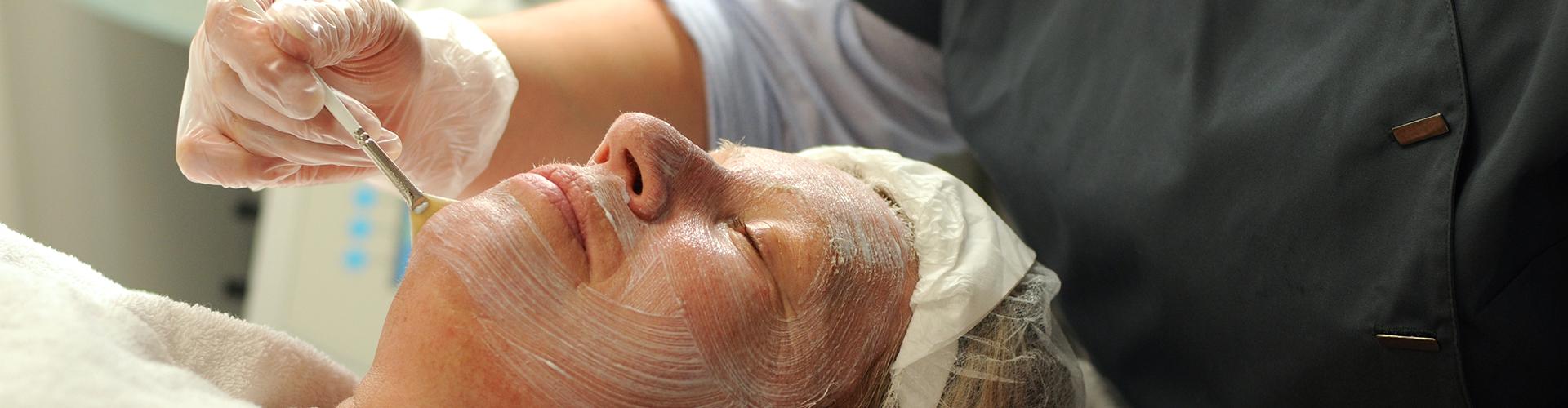 Kur-Apotheke Karsten Wolter - Hautpflege